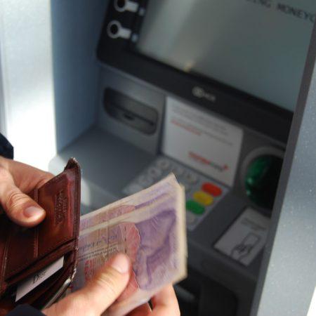Pożyczki bez konta w banku – a czy z weryfikacją baz dłużników?
